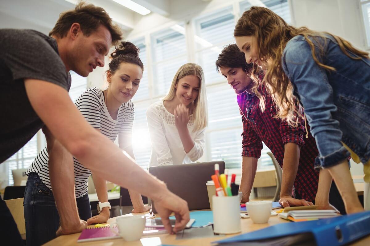 Reunión de perfiles para diseño web